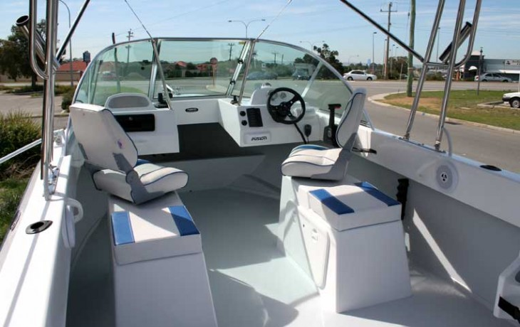 Seating and dash of Fibrelite Runabout