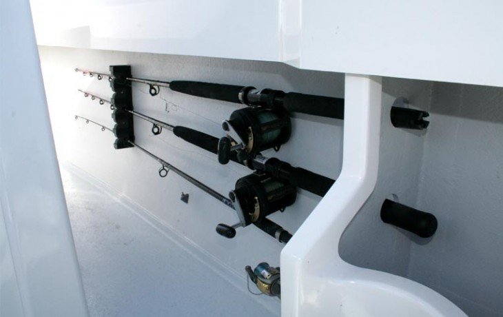 Fibrelite Centre Cab 6250, under gunwale fishing rod storage