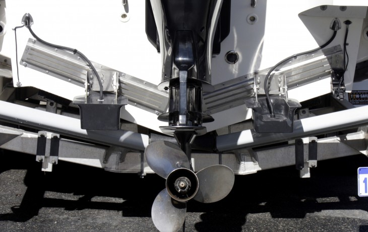 Furuno 2 kw high   and low frequency transducers mounted in Fibrelite's transom   mount fairings and mounted on Fibrelite's   adjustable slide mounting system.