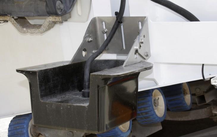 Furuno 2kw transducer in a Fibrelite transom mount fairing.