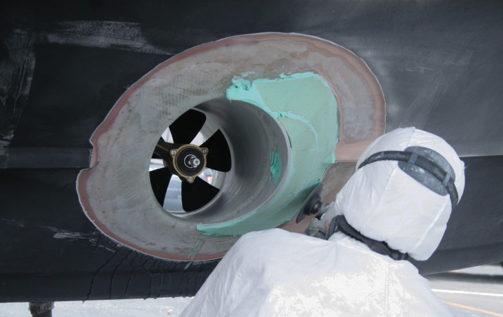 Installation bow thruster